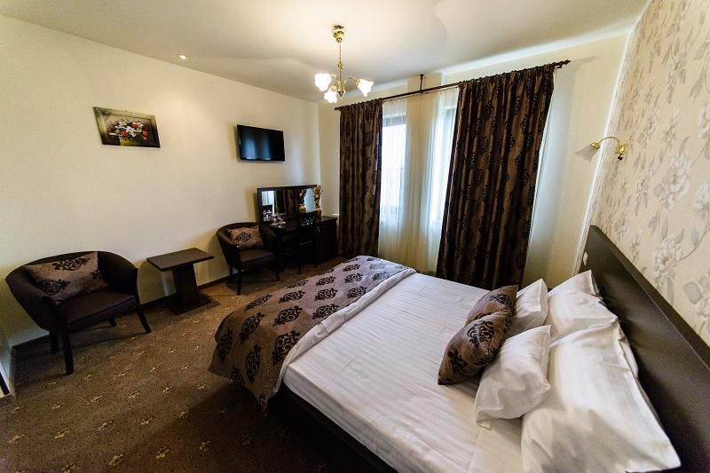 http://www.hotelmiky.ro/wp-content/uploads/2013/10/RAR_6213.jpg