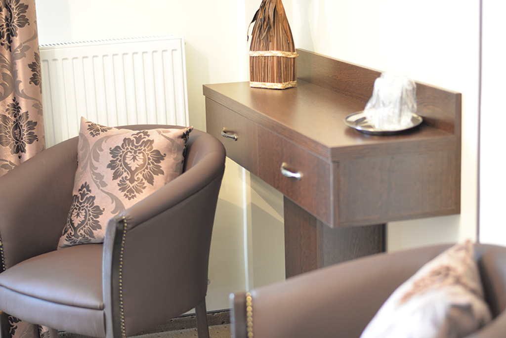 http://www.hotelmiky.ro/wp-content/uploads/2015/10/apartament_1.png
